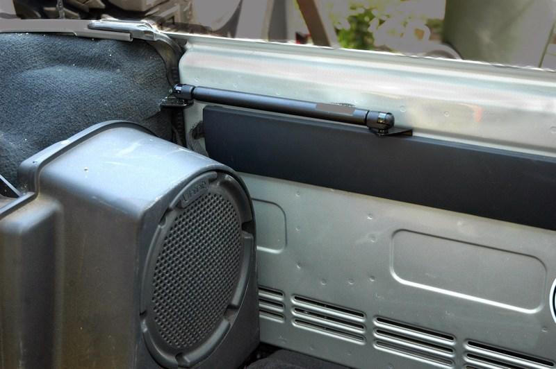 jeep jk tailgate holder kit